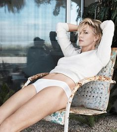 Charlize Theron Talks about her Split from Sean Penn .5