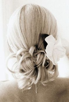 wedding-hairstyles-for-thin-long-hair_2.jpg 350×518 pixels