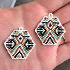 ➳ ➳ ➳ these babies are ready for some bad ass fringe ➳ ➳ ➳ #seedbeadearrings #brickstitch #beadedmeditation