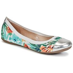 These flat shoes by Regard just scream summer and trendy! #shoes #flatshoes #hawaiian #metallic #regard #spartoouk #summer #SS15