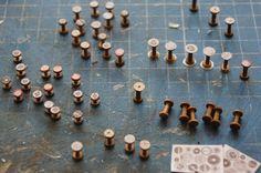 Nono mini Nostalgie: SEWING BOX spools from toothpicks