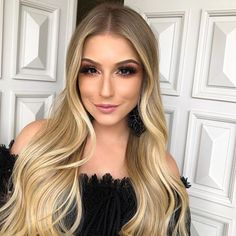 40 Newest Blonde Balayage Hair Colors Ideas In 2020 Trend – Page 2 Blonde Hair Tips, Blonde Hair Looks, Beautiful Blonde Hair, Gorgeous Hair Color, Hair Color Balayage, Blonde Balayage, Hair Color Guide, Hot Haircuts, Haircut And Color