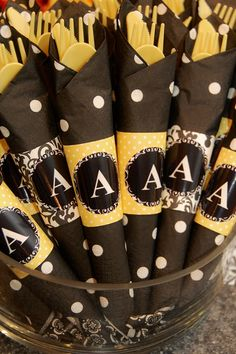 wrapped silverware for a bumble bee party? Bumble Bee Birthday, Mommy To Bee, Bee Creative, Bee Party, Bee Theme, Baby Shower Themes, Shower Ideas, Party Themes, Party Ideas