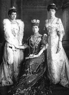 Queen Alexandra (centre) wearing the George IV State Diadem with her daughters Louise and Victoria