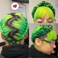 Beautiful braided green neon yellow/green … Read More Mint Hair, Neon Hair, Yellow Hair, Purple Hair, Neon Yellow, Two Toned Hair, Bright Hair Colors, Colored Hair, Hair Trends