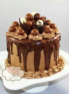 Belo bolo de chocolate