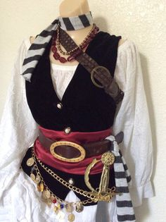 Adult Pirate Halloween Costume Deluxe by PassionFlowerVintage