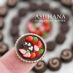 #miniature #food #minifood #strawberry #chocolate #tart