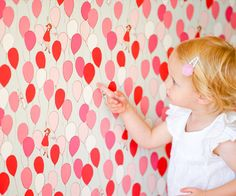If a whimsical accent wall is what you're after, we LOVE this darling balloons fabric wall decal from @popandlolli!