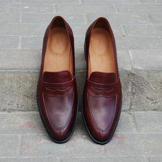 Men Dress, Dress Shoes, Goodyear Welt, Loafers Men, Men's Fashion, Oxford Shoes, Footwear, Facebook, Shoe