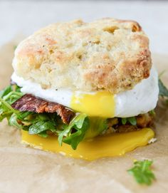havarti breakfast biscuits with jalapeno, bacon and arugula I howsweeteats.com