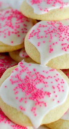 Super Soft Sugar Cookies Recipe