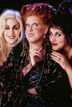 hocus pocus  Holy crap if aydin wants to watch this one more time this year........!!