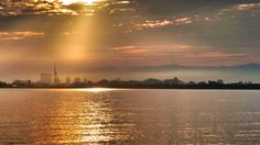 05 Sept. 6:32 生(いき)の松原海岸に朝もやがたっています。 misty bayside ( Morning Now at Hakata bay in Japan )