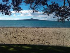 Kohimarama Beach, between Mission Bay & St Heliers, Auckland, New Zealand (by LaNich)