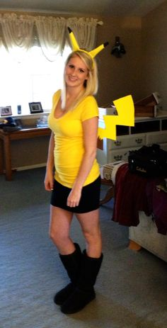 Alright, I know you have been dying to see this all week! How to make a pikachu costume :) and I hope the posts this past week have given you inspiration or ideas for your own costume,but for Pika...
