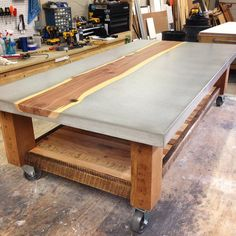"""Gefällt 542 Mal, 29 Kommentare - KonKrete Designs (@konkretedesigns) auf Instagram: """"Was hoping to get this coffee-table professionally photographed but it ships to FL tomorrow so this…"""""""