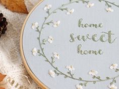 Home Sweet Home, Handstickmuster, PDF-Muster, druckbares Stickmuster - Hand Embroidery Stitches Hand Embroidery Letters, Hand Embroidery Patterns Flowers, Hand Embroidery Projects, Embroidery Stitches Tutorial, Hand Work Embroidery, Hand Embroidery Designs, Embroidery Ideas, Embroidery Sampler, Etsy Embroidery