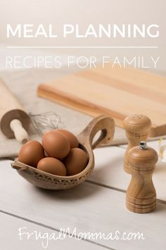 Meal planning recipes come in handy when it comes to putting together frugal family dinners. I have several tried and true favorites. Dinner Casserole Recipes, Dinner Recipes, Bacon Recipes, Real Food Recipes, Frugal Family, Healthy Family Meals, Cook At Home, Frugal Meals, Homemaking