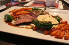 Im Restaurant Leander beim GOP Varieté in Bonn kann man gut essen