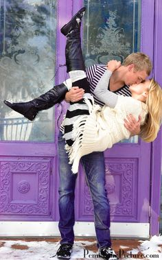 Kiss- Love this pose!  I know the perfect couple for this pose..@Candace Ferguson