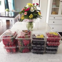 Store these fruits in Tupperware Fridgesmarts and they last 2 times longer.  http://my.tupperware.com/missyme