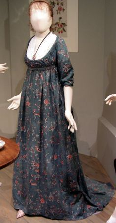 Green floral print Regency Gown   1800
