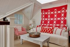 Vicky's Home: Casa de campo con toques de color / Cottage with touches of color
