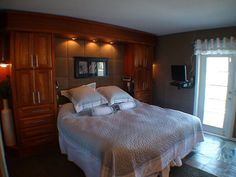 Master bedroom - built in headboard/storage area. Use pop up swivel tv on a desk. Bedroom Alcove, Closet Bedroom, Master Bedroom, Bedroom Ideas, Storage Area, Metal Beds, Headboards For Beds, Space Saving, Future House