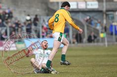 Martin McGrath feels the studs of Brian Meade in an unseen foul by the Meath player after Martin was initially brought down previously. Sport Photography, Nfl, Football, Baseball Cards, Sports, Soccer, Hs Sports, Futbol, American Football