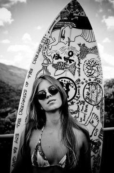 Mais de 50 desenhos em pranchas de #surf…