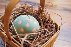 Pretty little easter eggs #easter #eastereggs #spring parties #etsy
