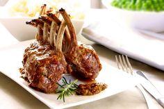 """La recette: Carré d'agneau aux abricots, via le site """"Les Recettes de ma Mère"""" (abricot,carré d'agneau,agneau,cacher,casher,ratte).  http://lesrecettesdemamere.net/recette/carre-agneau-abricots/"""