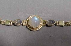 shopgoodwill.com: 7 �� Sterling Silver Moonstone Bracelet 8.17g