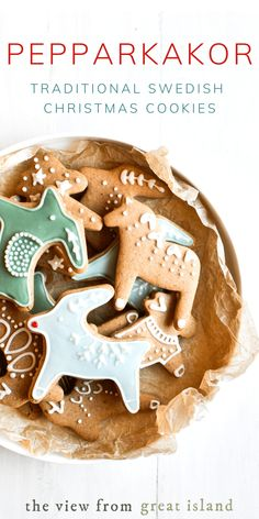 Traditional Swedish Pepparkakor Recipe - Left Coast Baker - Traditional Swedish Pepparkakor Recipe My Traditional Swedish Pepparkakor Recipe is a crisp gingerbread cookie that's a Scandinavian Christmas tradition ~ they're absolutely delicious! Soft Gingerbread Cookie Recipe, Gluten Free Gingerbread Cookies, Soft Cookie Recipe, Ginger Bread Cookies Recipe, Cute Christmas Cookies, Christmas Holiday, Christmas Ideas, Retro Christmas, Recipes