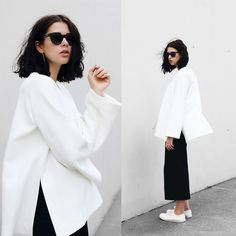 Get this look: http://lb.nu/look/8335983  More looks by Schwarzer Samt: http://lb.nu/schwarzersamt  Items in this look:  Cos Tunic, H&M Trend Culotte, Goliath Sneaker   #casual #minimal #sporty