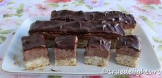 Cream cake with nuts and coffee Healthy Cook Books, Get Healthy, Healthy Recipes, Fun Food, Good Food, Healthier Together, Romanian Food, Different Cakes, Coffee Cream