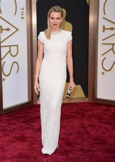 Naomi Watts attends the 86th annual Academy Awards at the Dolby Theatre in Hollywood on March 2, 2014.