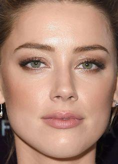 Close-up of Amber Heard at the 2015 Hollywood Film Awards. Close-up of Amber Heard at the 2015 Hollywood Film Awards. Amber Heard Cabelo, Amber Heard Makeup, Amber Heard Hair, Makeup Inspo, Makeup Inspiration, Beauty Makeup, Hair Makeup, Makeup Ideas, Celebrity Makeup Looks