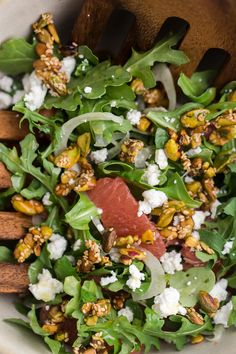18 Delicious Salads for Any Occasion Grapefruit Salad with Sesame Pistachios Winter Salad Recipes, Best Salad Recipes, Healthy Dinner Recipes, Real Food Recipes, Cooking Recipes, Budget Recipes, Meal Recipes, Healthy Dinners, Yummy Food