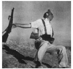 One of the most famous photos of the Spanish Civil War Spanish War, World Conflicts, Famous Photos, Civil War Photos, Lectures, Human Nature, World History, Photojournalism, Great Photos