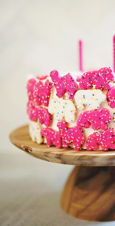 Animal Cookie Birthday Cake http://asubtlerevelry.com/animal-cookie-birthday-cake/