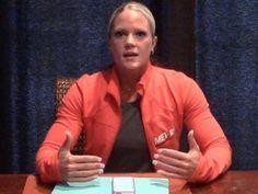 ASk Nicole - Form, V-taper, no-gym training Gym Training, Weight Training, Training Tips, Weight Lifting, Weight Loss, Nicole Wilkins, Fitness Tips, Fitness Motivation, Figure Competition
