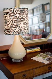 How to make a lampshade from Design*Sponge. You need to order supplies from a lamp supplier if you don't have a shade you can refurbish. It looks pretty tricky! Make A Lampshade, Fabric Lampshade, Lampshades, Lampshade Ideas, Lamp Ideas, Diy Ideas, Diy Luz, Luminaria Diy, Lampshade Designs