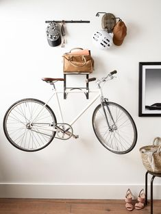 Bike Storage Apartment Living Rooms Small Spaces New Ideas Bike Storage Bedroom, Bike Storage Apartment, Rack Bike, Wall Mount Bike Rack, Indoor Bike Rack, Bike Storage Design, Bicycle Storage, Apartment Design, Apartment Living