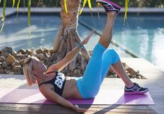 Cross crunch exercise for abs! Take your ab workout to the next level. Hello flat stomach!