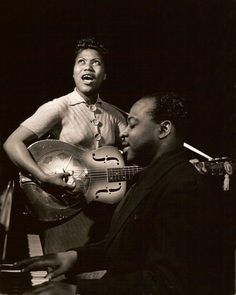 Sister Rosetta Tharpe performing in the early 1940s. Photo Credit: Photo taken by Charles Peterson. Courtesy Don Peterson. Via Peter Symes