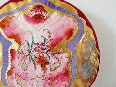 Goldie. Alexandra Drenth - Textile artist in Amsterdam - Netherlands. hand embroidery 2016