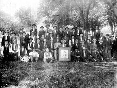 1901 Quantrill Reunion Frank James seated to the left of Quantrill's Picture
