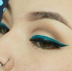 Colorful Eyeliner / Delineador Colorido